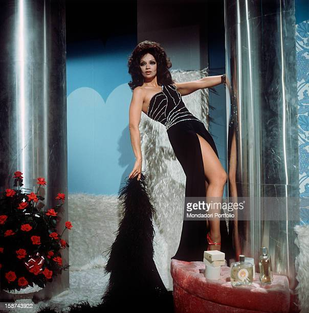 Cuban actress Chelo Alonso born Isabella Garcia also known by the italian public for her qualities as a dancer engages in a dance in the TV studios...