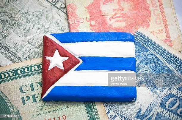 Bandera cubana más dinero de peso