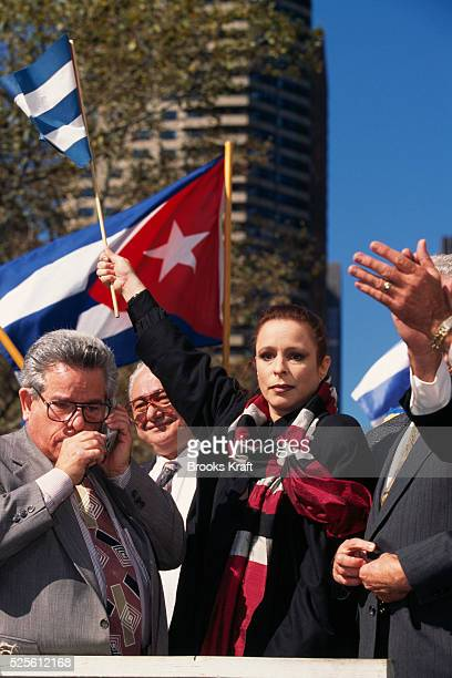 Cuban leader Fidel Castro's daughter Alina Fernandez leads a protest against her father's regime during the 50th anniversary of the United Nations