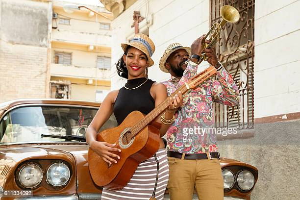 cuban musicians outdoors, havana, cuba - cuba photos et images de collection