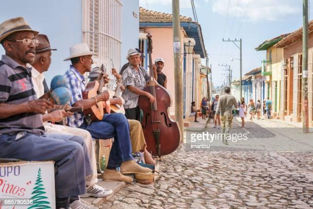 cubaanse muzikanten - sancti spiritus provincie stockfoto's en -beelden