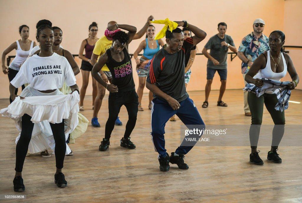 CUBA-MUSIC-RUMBA-HERITAGE : News Photo