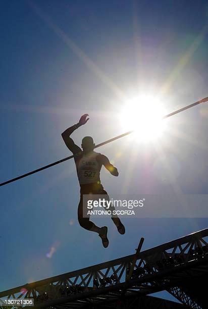 Cuba's Eduardo Borges jumps to win the men's Pole Vault final at the Guadalajara 2011 XVI Pan-American Games in Guadalajara, Mexico, on October 28,...
