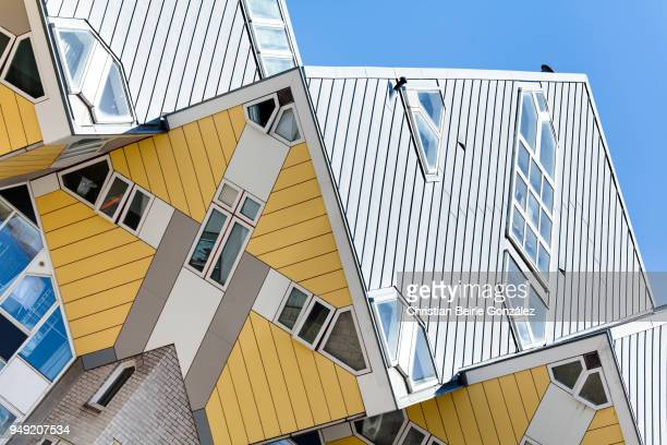 cube houses, blaak heights - rotterdam - christian beirle stock pictures, royalty-free photos & images