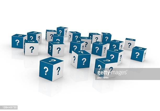 Cubos con pregunta marcas