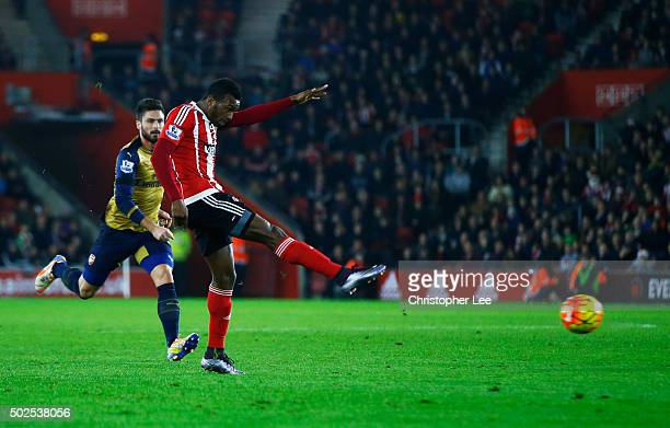 Cuco Martina of Southampton scores their first goal with a long range shot during the Barclays Premier League match between Southampton and Arsenal...