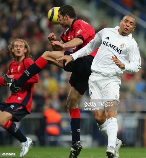 Cuellar of Osasuna robs the ball from Ronaldo of Real Madrid during the Primera Liga match between Real Madrid and Osasuna on December 18 2005 at the...