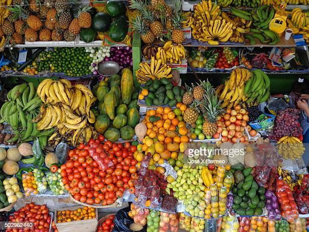 Cuenca: fruits frutas