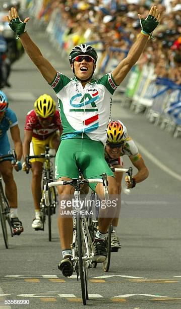 Norwegian Thor Hushovd of Credit Agricole Team celebrates after winning the fifth stage of the tour of Spain from Alcazar de San Juan to Cuenca 31...