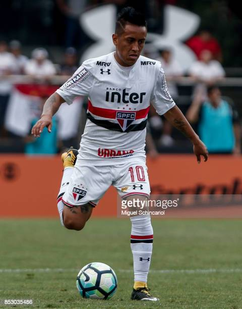 Cueva of Sao Paulo conducts the ball during the match between Sao Paulo and Corinthians for the Brasileirao Series A 2017 at Morumbi Stadium on...
