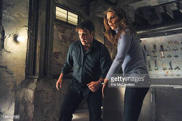 CASTLE Cuffed When Castle and Beckett wake up in bed handcuffed together in a locked room with no memory of how they got there they must piece...