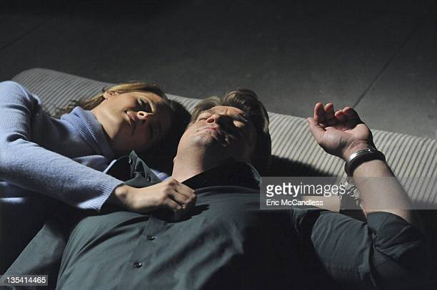CASTLE 'Cuffed' When Castle and Beckett wake up in bed handcuffed together in a locked room with no memory of how they got there they must piece...
