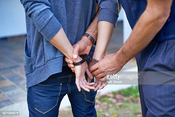 Cuffing un criminal