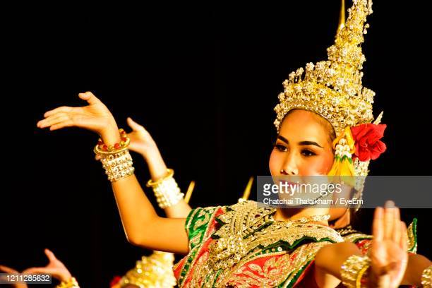 culture of thailand - chatchai thalaikham stock pictures, royalty-free photos & images