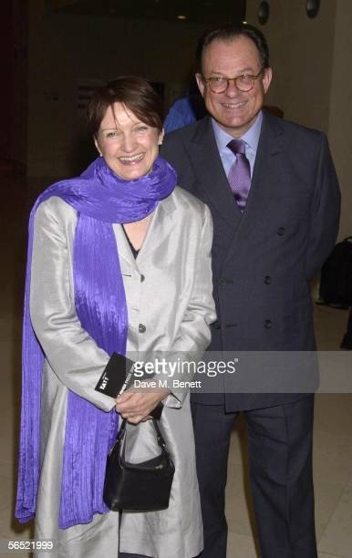 Culture Secretary Tessa Jowell and husband David Mills attend the presentation of the 2001 Turner Prize at the Tate Gallery on December 9 2001 in...