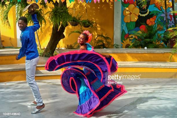 60 Top Cumbia Pictures, Photos, & Images - Getty Images