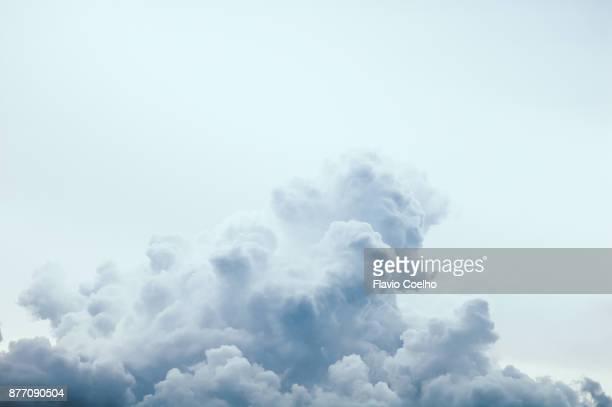 cumulonimbus - nube fotografías e imágenes de stock
