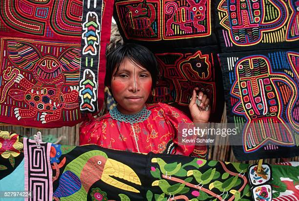 cuna indian displaying molas - mola stock pictures, royalty-free photos & images