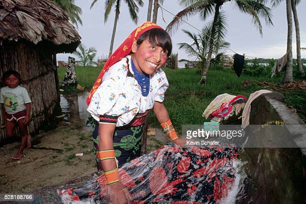 cuna woman making mola - mola stock pictures, royalty-free photos & images