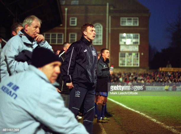 Cup 3rd Round football Shrewsbury Town v Everton David Moyes and the Everton bench look worried as replaced goalscorer Nigel Jemson waits for the...