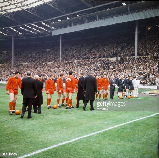 FA Cup Final at Wembley Stadium Liverpool 2 v Leeds United 1 The Liverpool team line up on the pitch before kick off as they are greeted by Prince...