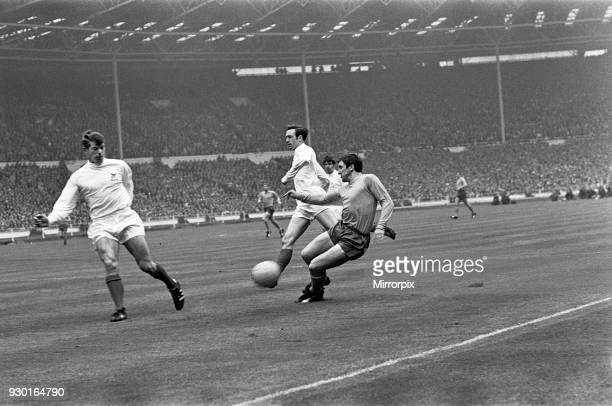 FA Cup Final at Wembley Stadium West Bromwich Albion 1 v Everton 0 John Kaye has Jeff Astle for moral support as he ends a run by Evertonıs Johnny...