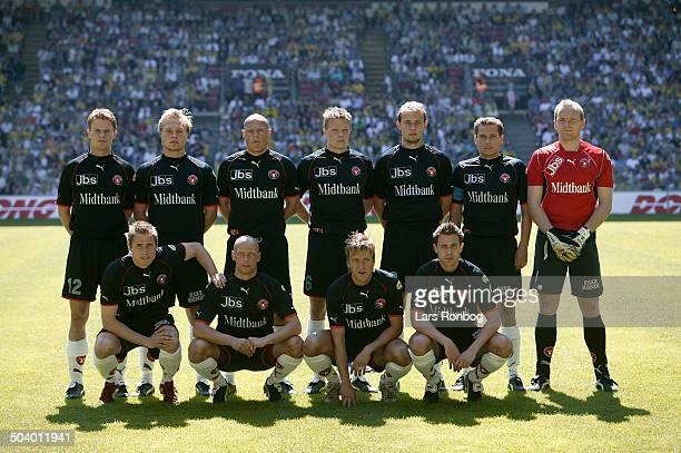 DONG cup final FC Midtjylland line up back row fr l Jesper Mikkelsen Ulrik Lindkvist Martin Nielsen Soeren Skriver Frank Kristensen Thomas Thomasberg...