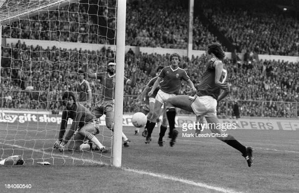 Cup Final replay Manchester United v Brighton Hove Albion Bryan Robson pounces to score a goal for United