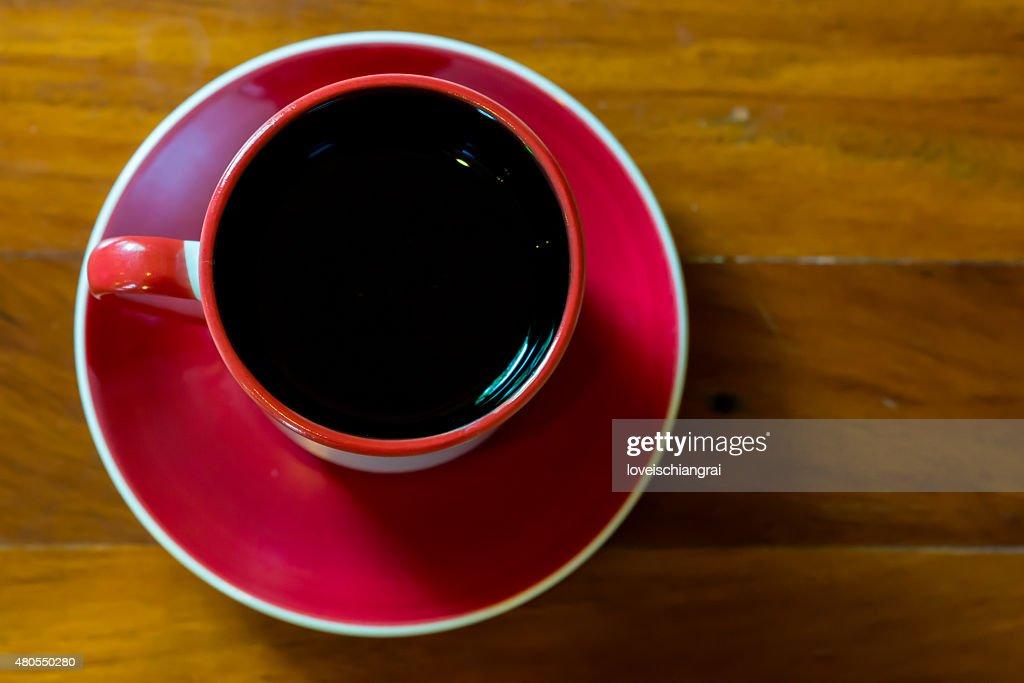 Xícara de café na mesa do café : Foto de stock