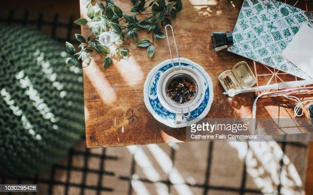 cup of tea - authors ストックフォトと画像