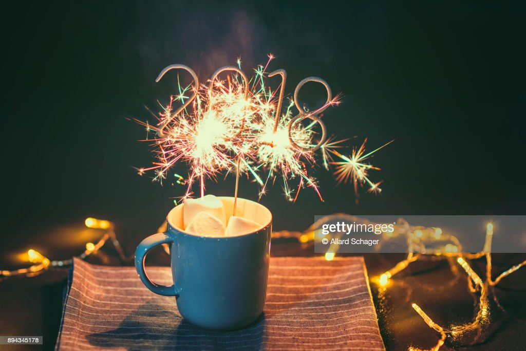 Cup with igniting 2018 Sparkler : Stock Photo