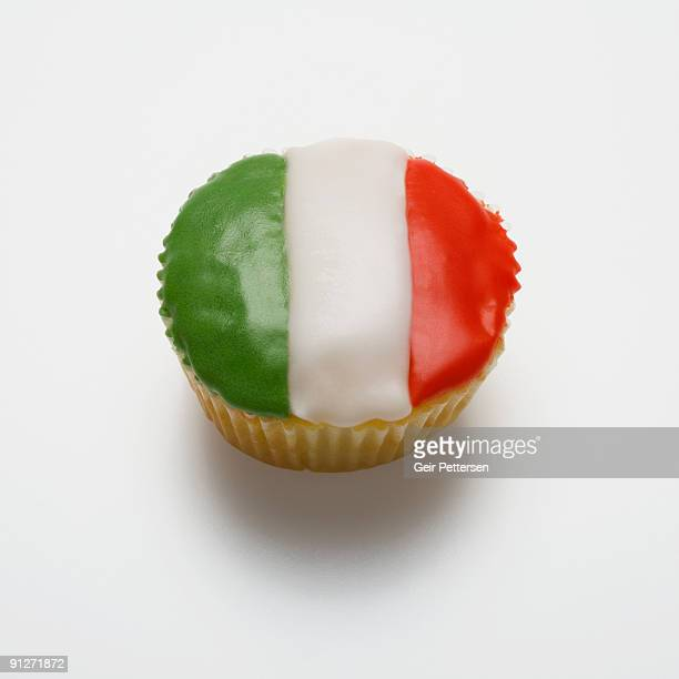 Cupcake decorated with the flag of Italy