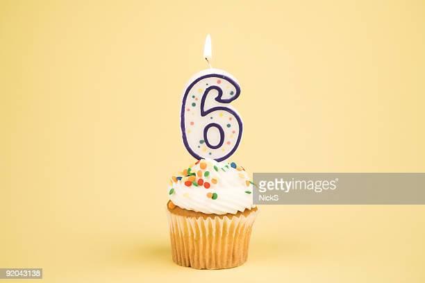 cupcake nummer series (6 - 6 7 jahre stock-fotos und bilder