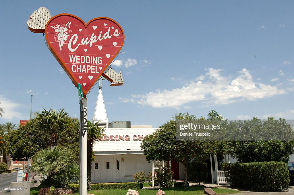 Cupid S Wedding Chapel During Las Vegas Wedding Chapels At