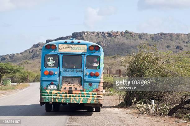 curacao beach express bus - curaçao stockfoto's en -beelden
