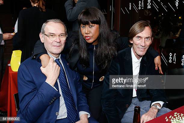 Curator of Exhibition JeanJacques Aillagon Anne Kerchache and Doctor Olivier de Frahan attend the 'Jacques Chirac ou le Dialogue des Cultures'...