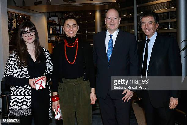 Curators of the exhibition Nala Aloubat Agnes Carayon HSH Prince Albert II of Monaco and President of the 'Institut du Monde Arabe' Jack Lang visit...