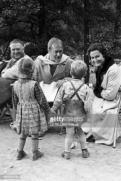 Curd Jurgens Marries Simone Bicheron. Allemagne Fédérale- 17 Septembre 1958- Dans la forêt Rhénane, lors d'un tournage et de leur lune de miel,...