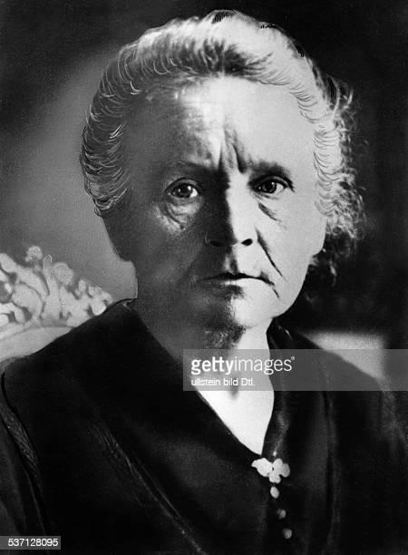 Curie Marie Wissenschaftlerin Physikerin Chemikerin Polen/Frankreich Nobelpreistraegerin Portrait 1927 Ausschnitt aus Bild