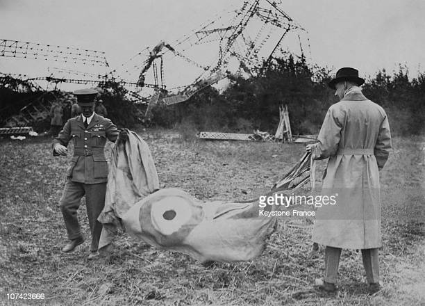 Curious People Looking At The Hull Of The Dirigible In France On October 1930