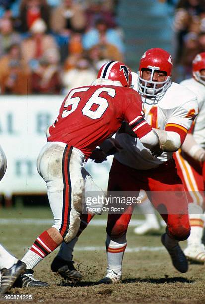 Curley Culp of the Kansas City Chiefs gets blocked by Dennis Havig of the Atlanta Falcons during an NFL football game December 17 1972 at Atlanta...