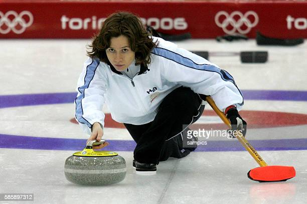 Curling Damen Finale Schweden Schweiz women's gold Medal game Sweden Suisse Mirjam Ott SUI olympische Winterspiele in Turin 2006 olympic winter games...