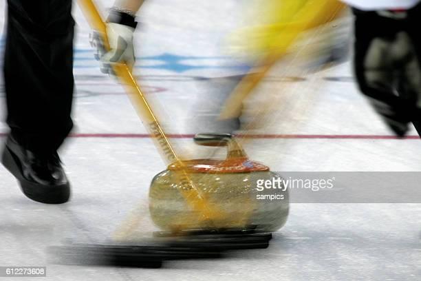 Curling Damen Finale Schweden Schweiz women's gold Medal game Sweden Suisse Aktion allgemein olympische Winterspiele in Turin 2006 olympic winter...