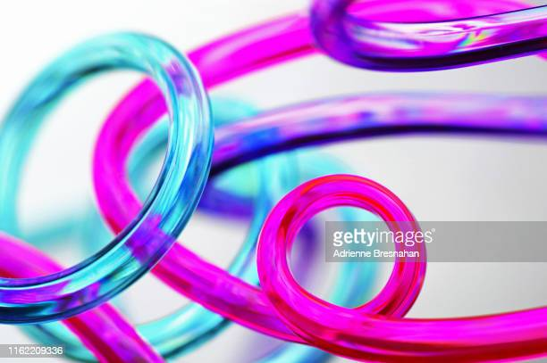 curly tubes - pink tube photos et images de collection