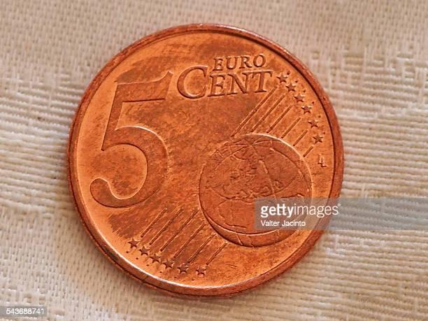 currency - cinq animaux photos et images de collection