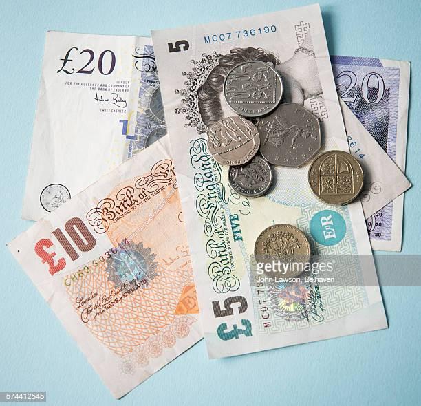 uk currency, square crop - twenty pound note stockfoto's en -beelden