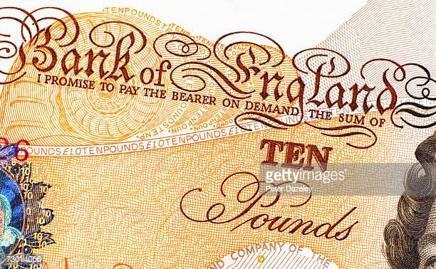 uk currency, ten pound banknote, close-up - nota de dez pounds - fotografias e filmes do acervo