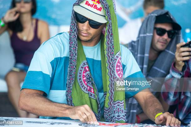 Current Jeep Leader Julian Wilson from Australia advanced to the Quarterfinals after winning Heat 2 of Round 4 at the Oi Rio Pro in Saquarema, Rio de...