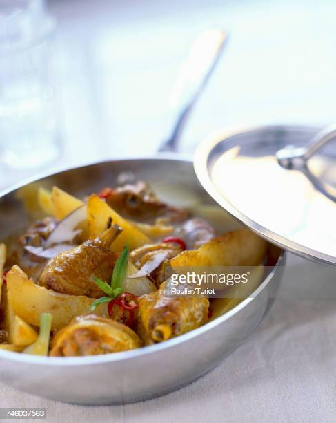 curried poultry drumsticks with apple