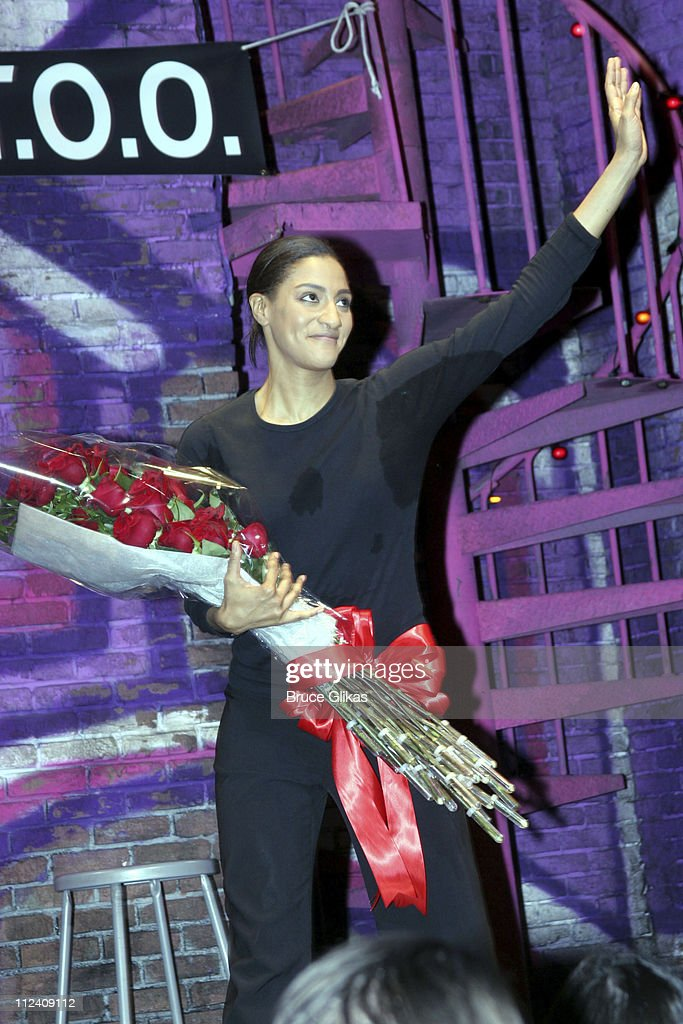 "Sarah Jones' ""Bridge and Tunnel"" Broadway Opening Night - Curtain Call and Party : News Photo"